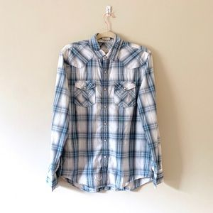 American Eagle Outfitters Shirts - American Eagle Men's button up Medium